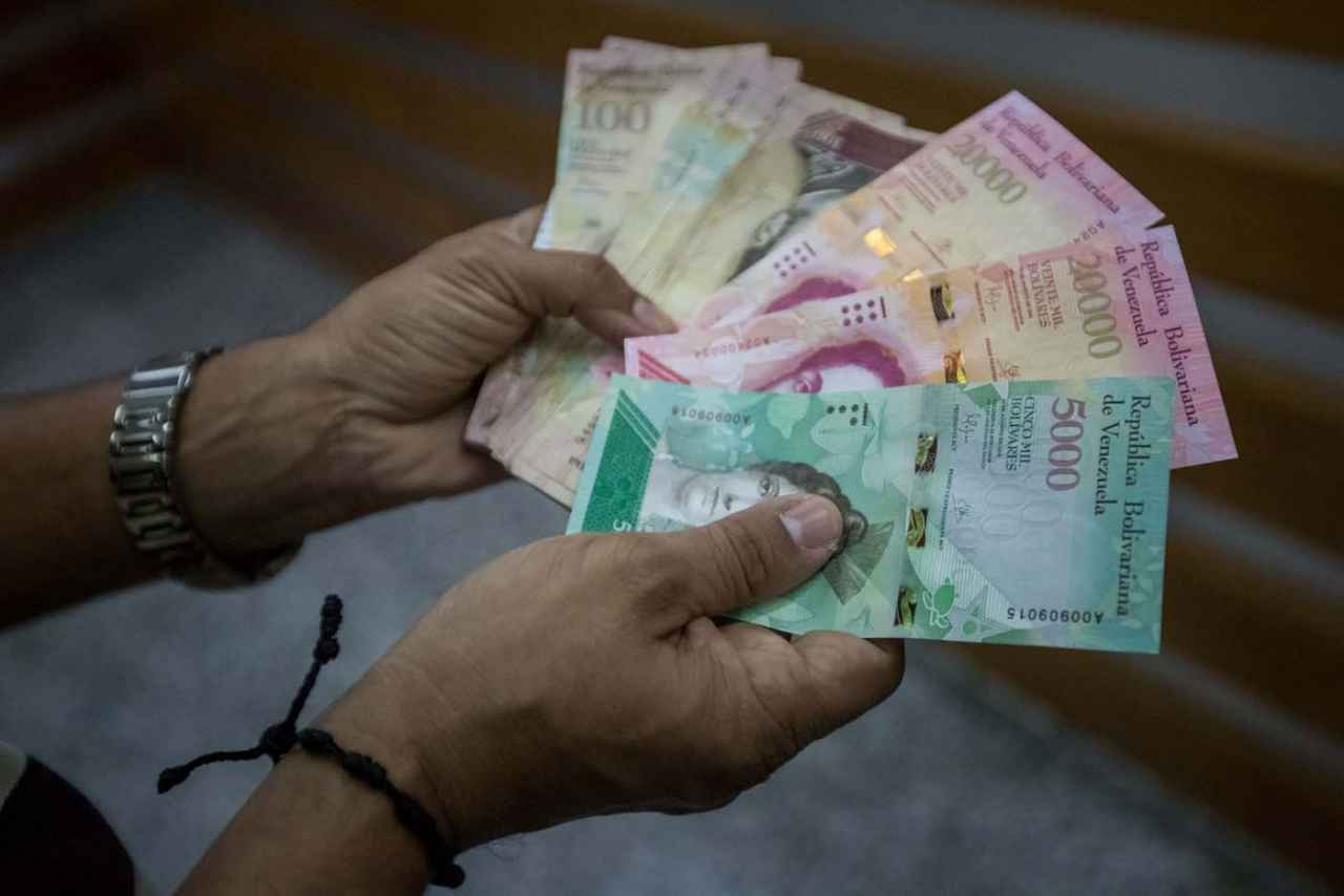 Este lunes entrarán en circulación los nuevos billetes de Bs. 5 mil y Bs. 10 mil