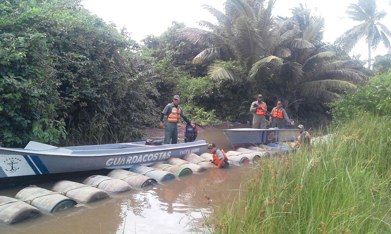 Más de 44 mil litros de combustible fueron incautados por la Fanb en el Río Limón