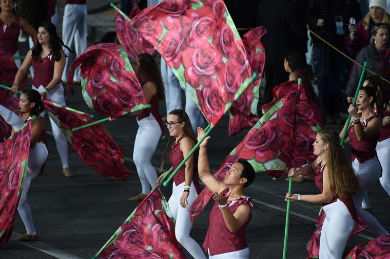 Primeras imágenes del tradicional Desfile de las Rosas en California