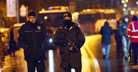 Turquía mantendrá su ofensiva en Siria a pesar del atentado en Estambul