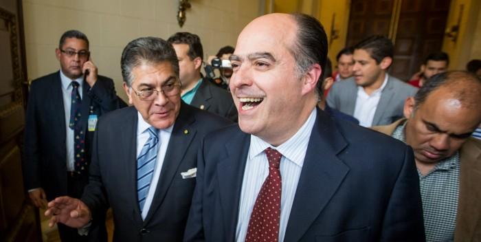 Julio Borges: Venezuela quiere producción y no bolsas CLAP