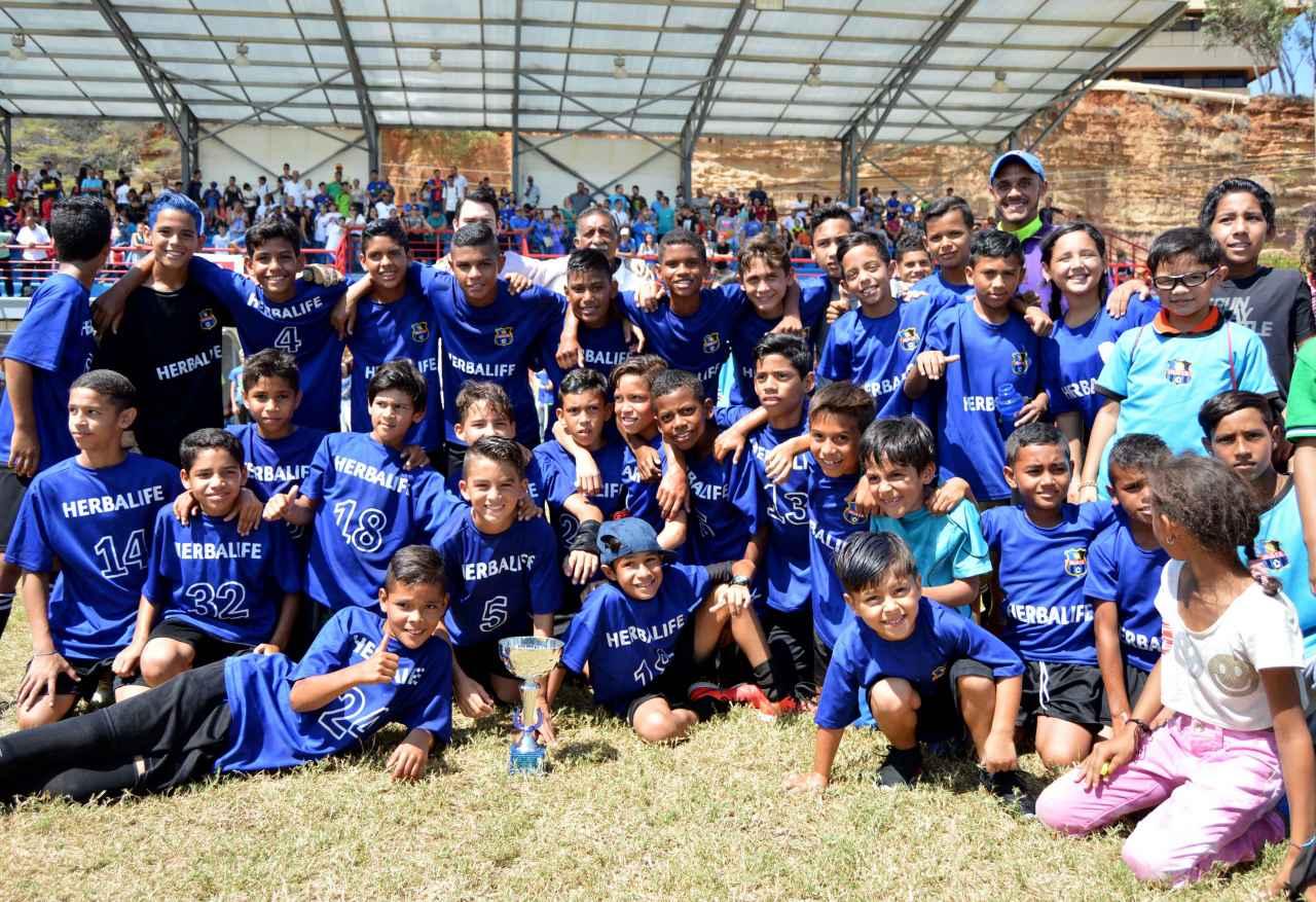 La Sub 12 del Zulia FC se consagró como campeón absoluto