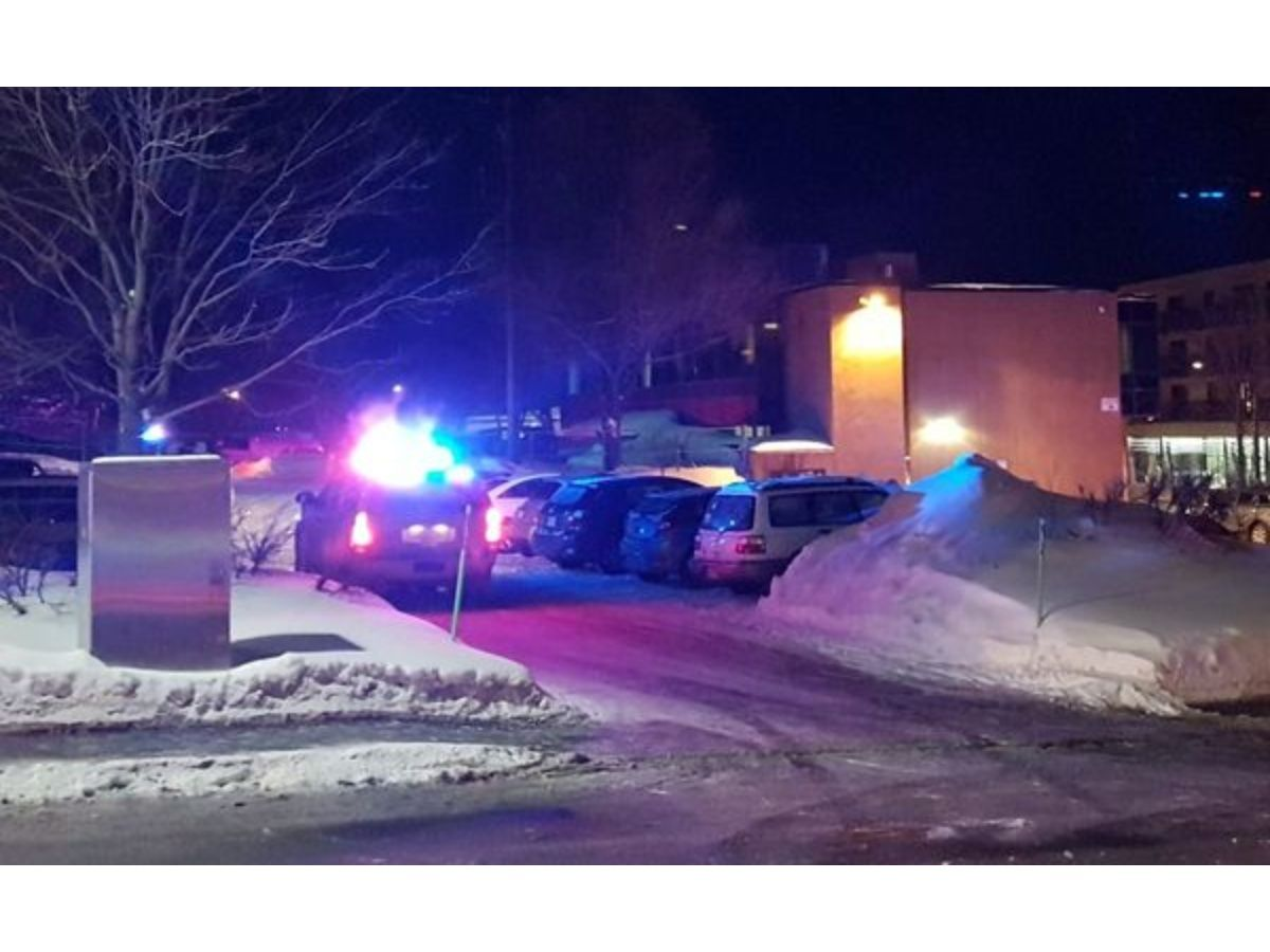 Policía de Quebec reportó muertos en balacera en mezquita
