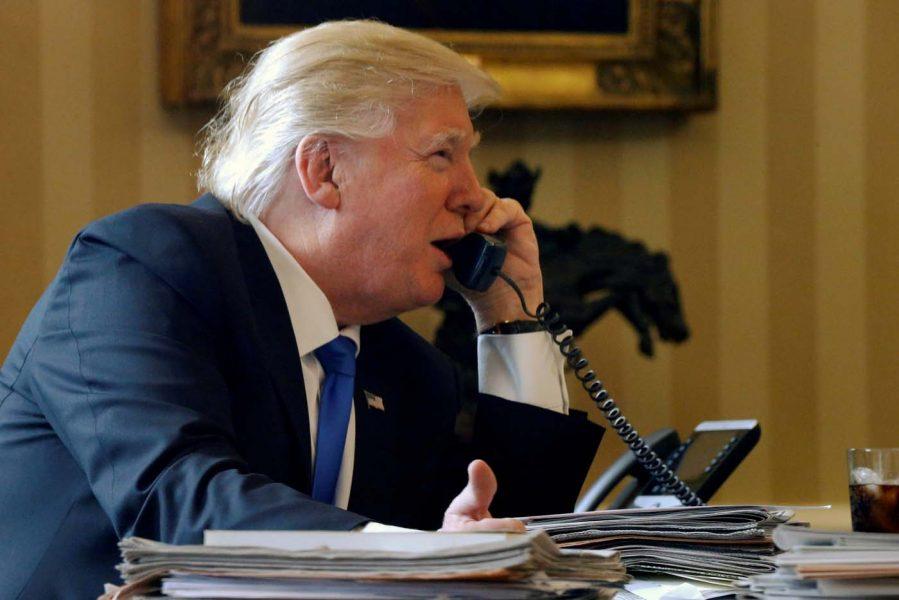 Trump y el rey saudí acuerdan vigilar que se cumpla el pacto nuclear de Irán