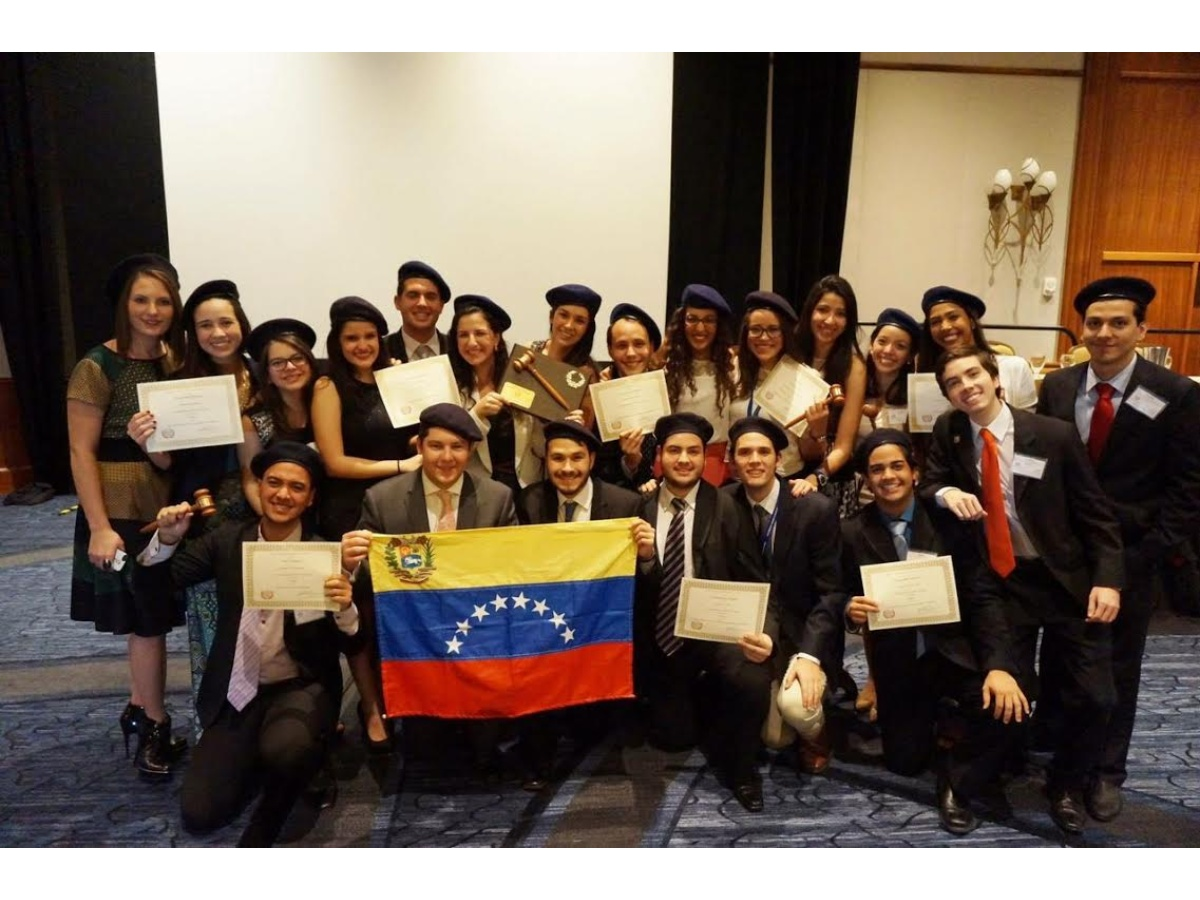 Delegados del Modelo Universitario de las Naciones Unidas competirán en EE UU