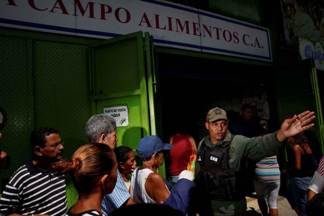 2017-03-23T140054Z_391767872_RC11A6A6AC00_RTRMADP_3_VENEZUELA-POLITICS.jpgx71671