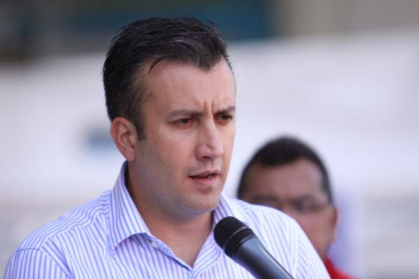 """El Aissami aseguró que la única calamidad que padece Venezuela es tener una """"miserable oposición"""""""