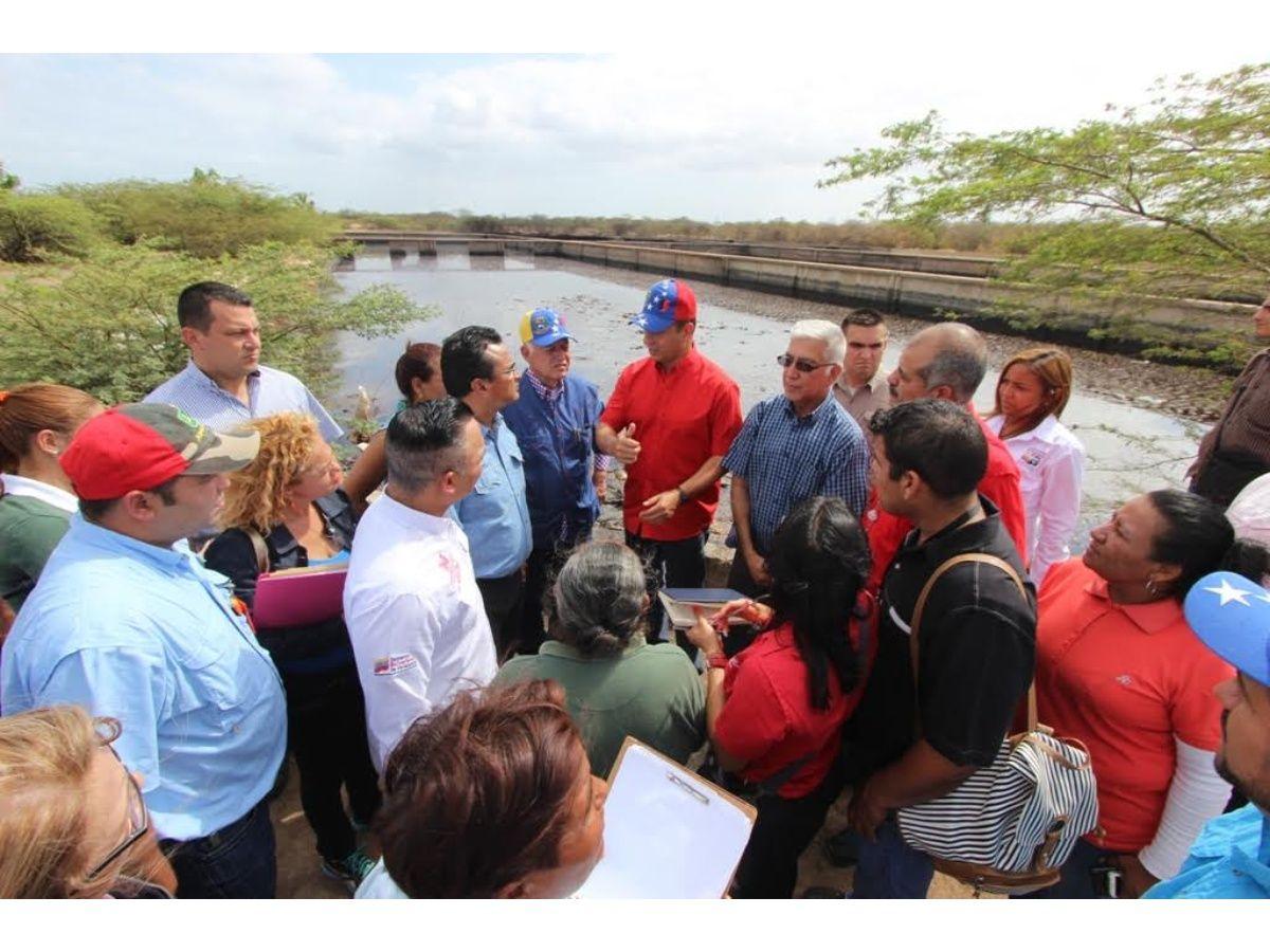 Arias y ministro de Ecosocialismo inspeccionaron planta de aguas residuales Maracaibo Sur