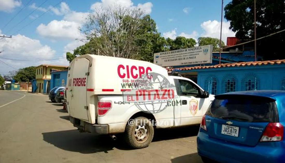Asesinaron a balazos a tres hombres al salir de una licorería en Guárico
