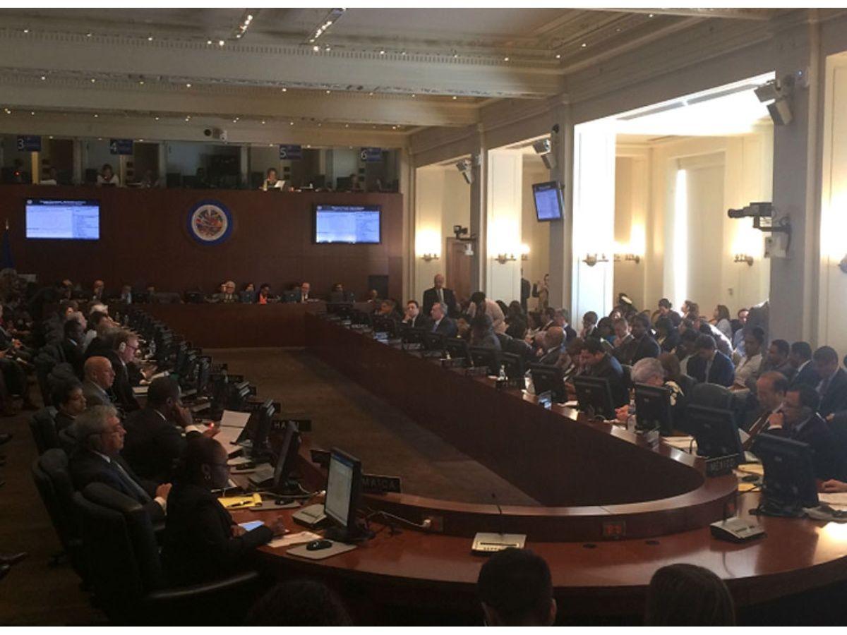 """Cuba saluda """"victoria"""" de Venezuela en OEA ante """"histérica postura"""" de Almagro"""