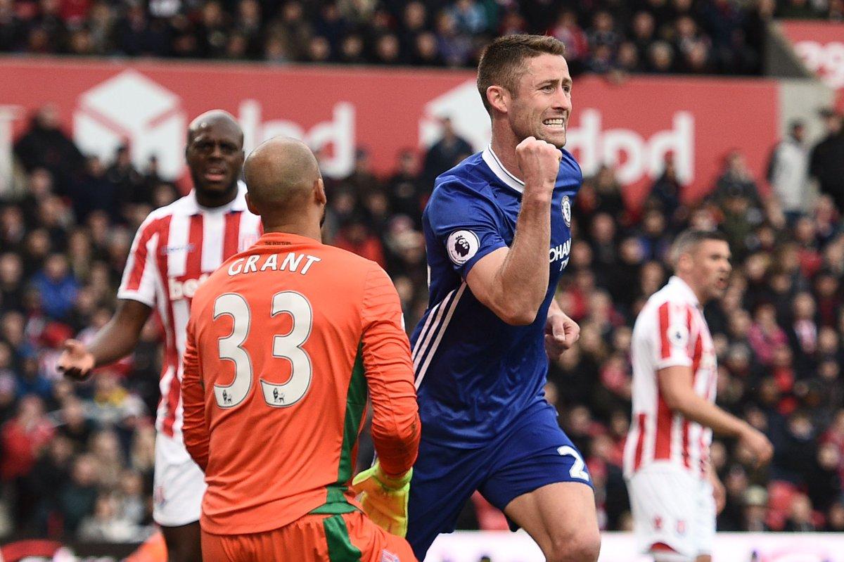 El Chelsea continúa su marcha triunfal, el Arsenal se asoma al abismo