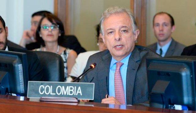 Colombia exige ante la OEA liberación de presos políticos y elecciones en Venezuela