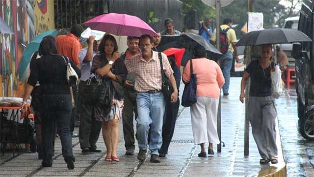 Reportan lluvias dispersas este sábado en el occidente y sur del país