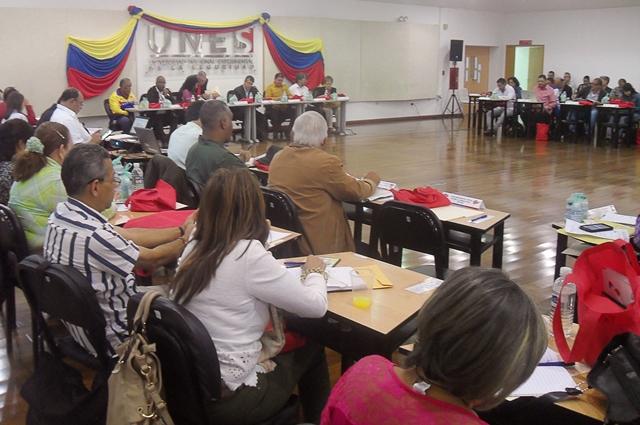 Rectores Bolivarianos celebraron sesión ordinaria en la UNES