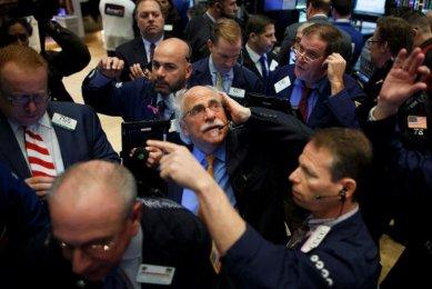 Wall Street cierra con pérdidas y el Dow Jones baja un 0,29 %