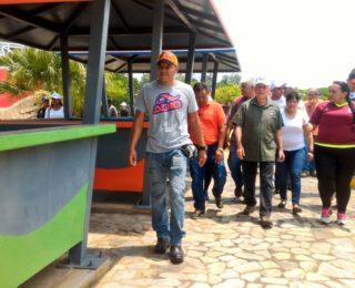 Gobernación inspecciona trabajos de rehabilitación del Parque Laguna Azul de Cabimas
