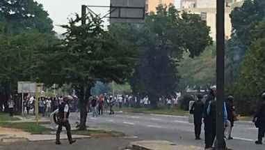 Marcha-de-Maracay-este-19-de-abril-termina-con-bombas.jpg