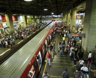 Reabren 6 estaciones del Metro de Caracas tras culminar protestas