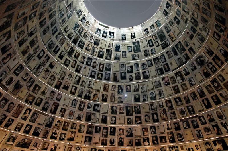Museo del Holocausto exhortó a vocero de la Casa Blanca a aprender historia