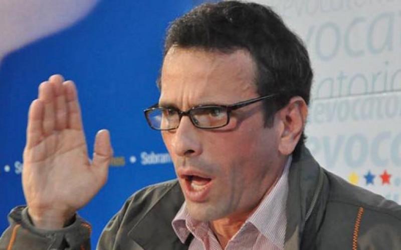 Capriles fue notificado para comparecer ante la Contraloría General