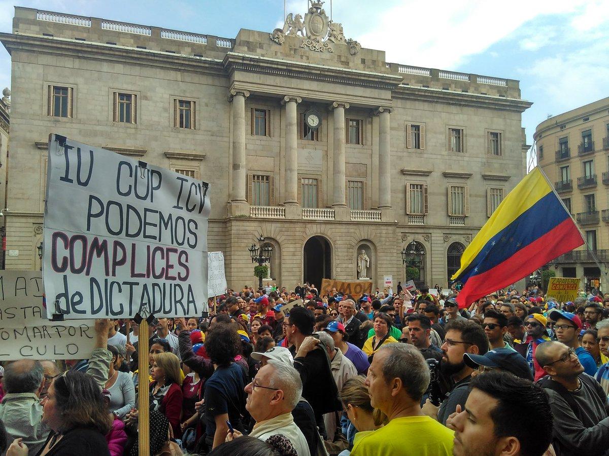 Cientos de venezolanos en Barcelona protestaron contra el régimen de Nicolás Maduro