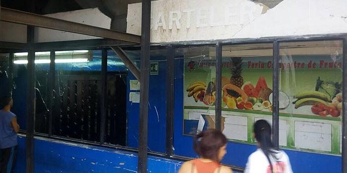 saqueo-mercado-maracaibo-700×350.jpg