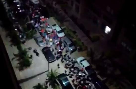En imágenes: Chavistas manifestaron en Fuerte Tiuna a medianoche