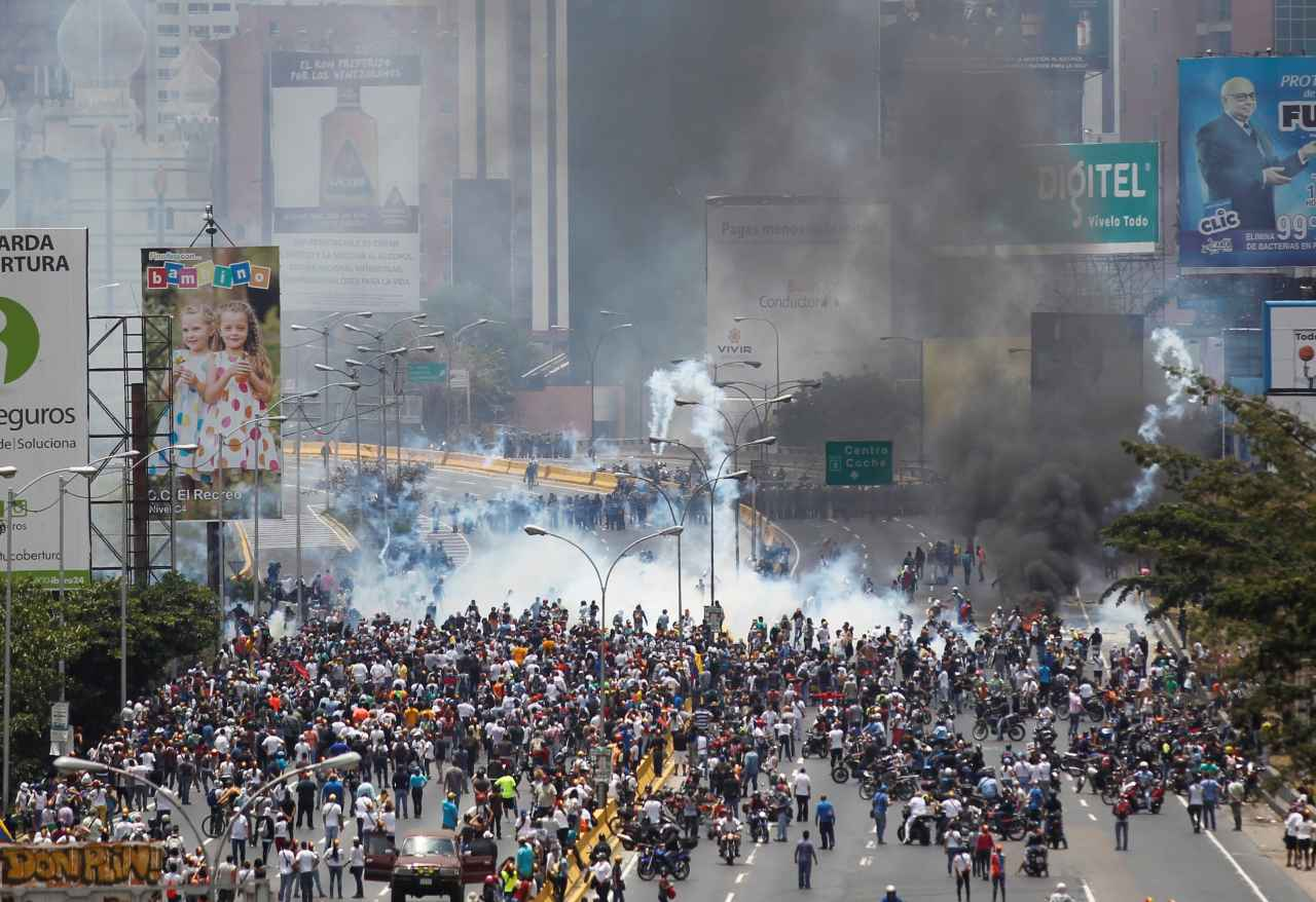 ¡Venezuela protesta!… el video que reavivará tus ganas de meterle el pecho al país