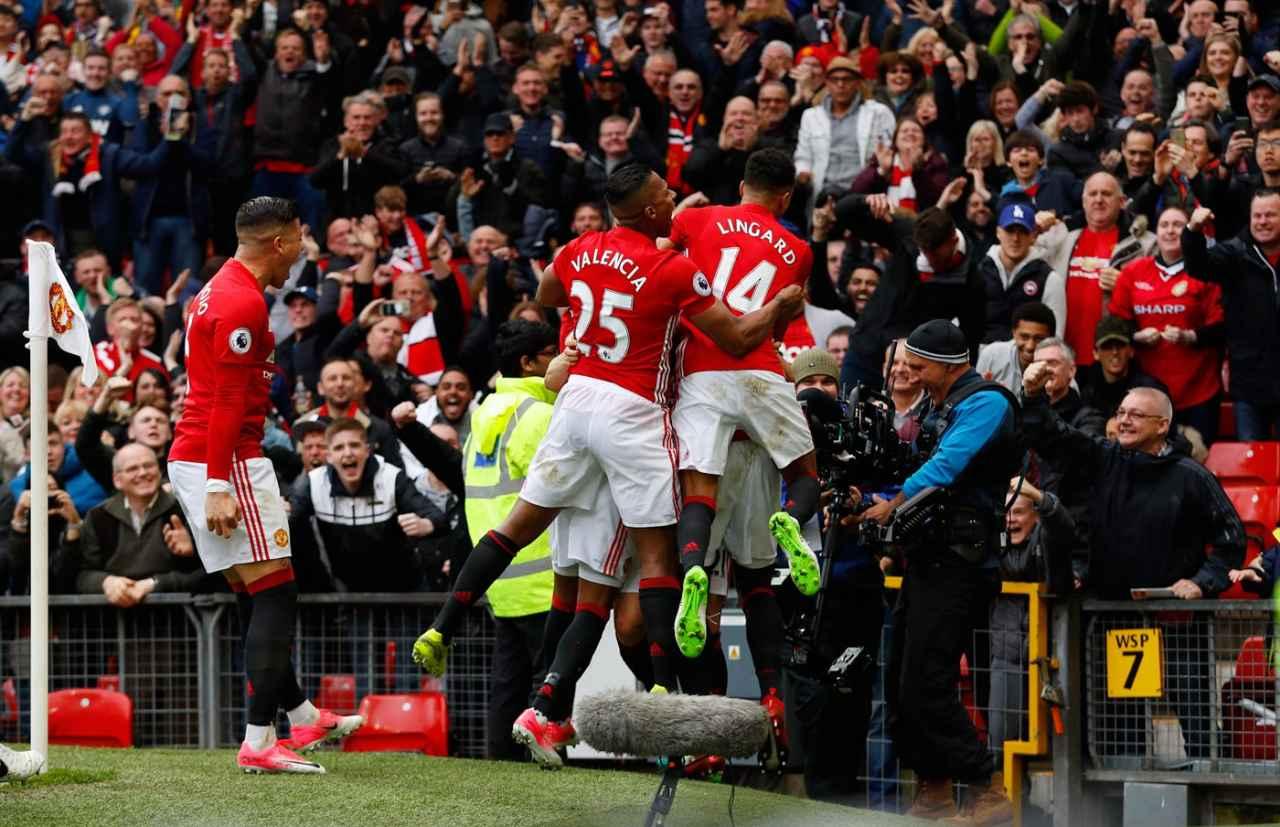 Mánchester United derrota al Chelsea y le pone color a la Premier