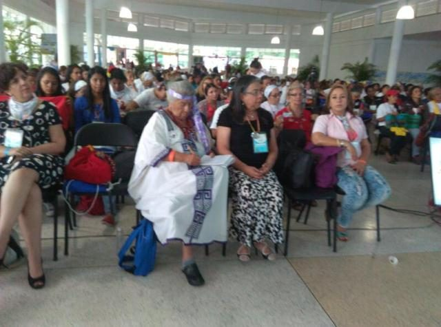 """Margarita Padrón de Arias: """"Como mujeres debemos trabajar unidas para seguir garantizando la unión y la paz entre Colombia y Venezuela"""""""