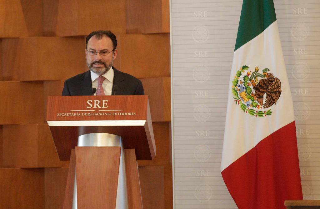 México rechaza hechos violentos en el país y daños a la oficina de Capriles