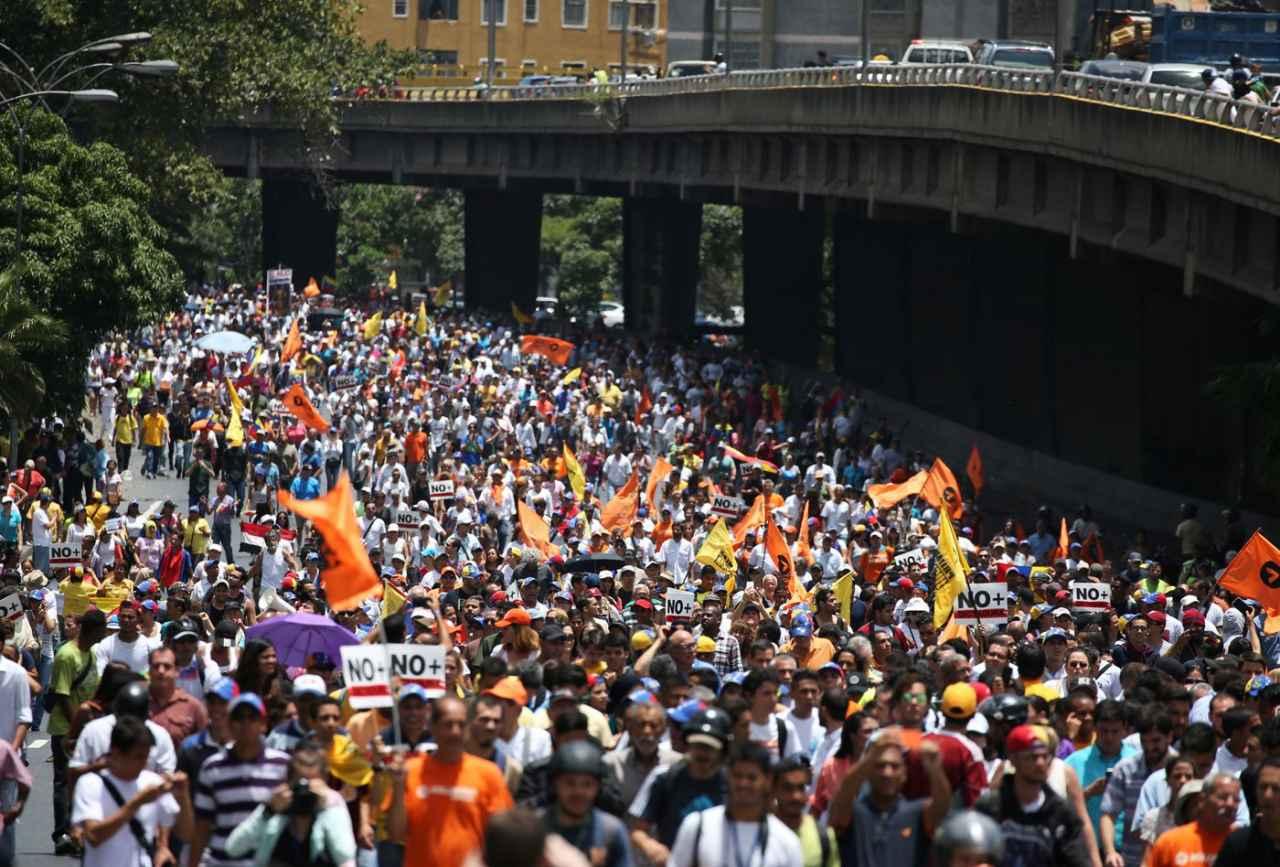 Oposición manifiesta este #13Abr en todo el país