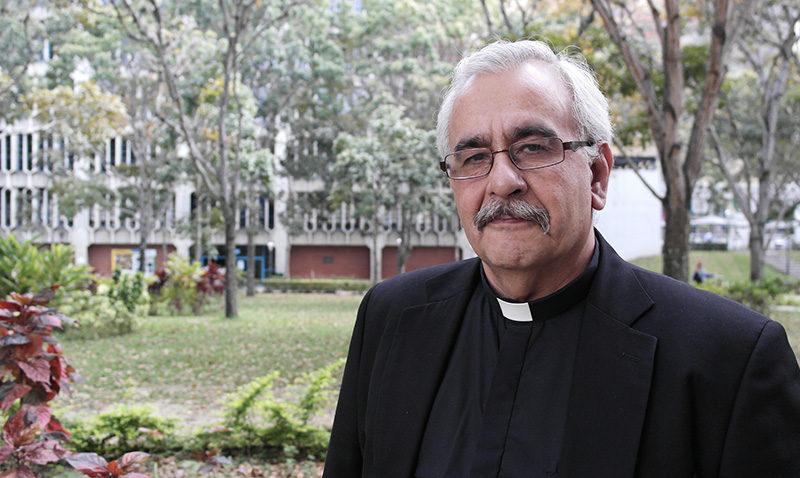 Rector de la UCAB exhortó a respetar el derecho a la manifestación
