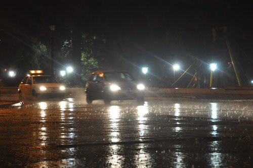 Torrencial aguacero madruga a zulianos en Maracaibo y San Francisco