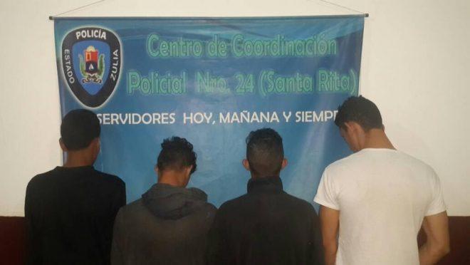 """Aprehenden a cuatro presuntos azotes de barrio y """"roba fincas"""" en Santa Rita"""