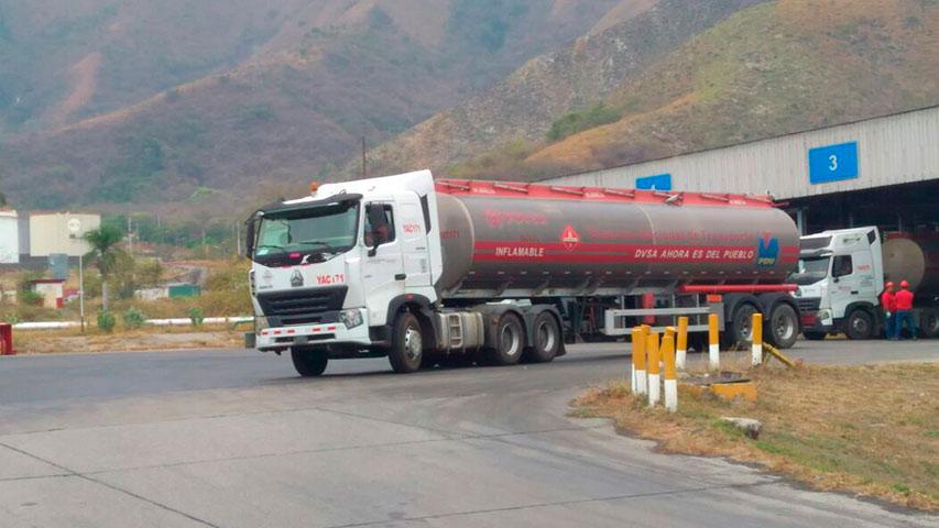 46 gandolas de combustible surtirán estación de Táchira