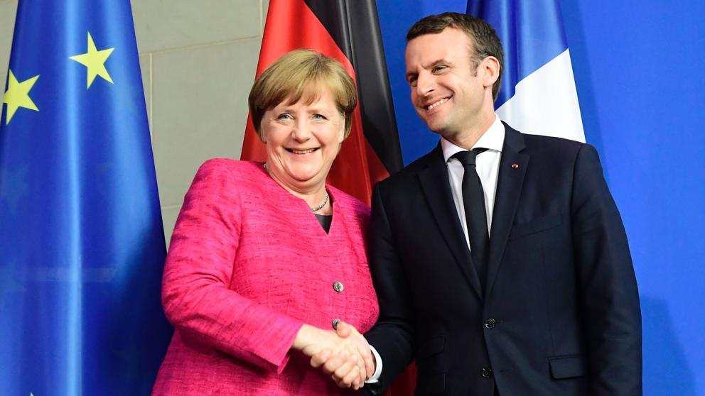 Macron y Merkel acuerdan trabajar en reformas para Unión Europea