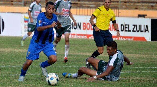 Zulia FC le gana 1-0 al Deportivo Táchira (Primer tiempo)