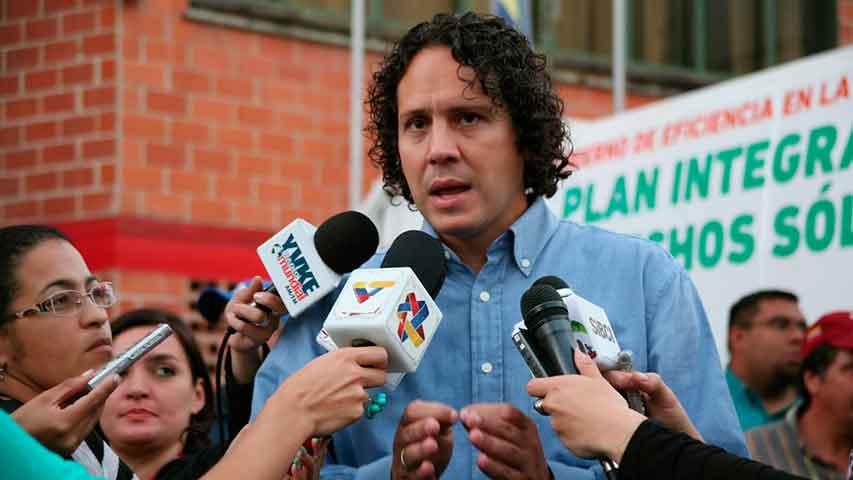 Alcalde Garcés solicita investigar actos vandálicos en Miranda