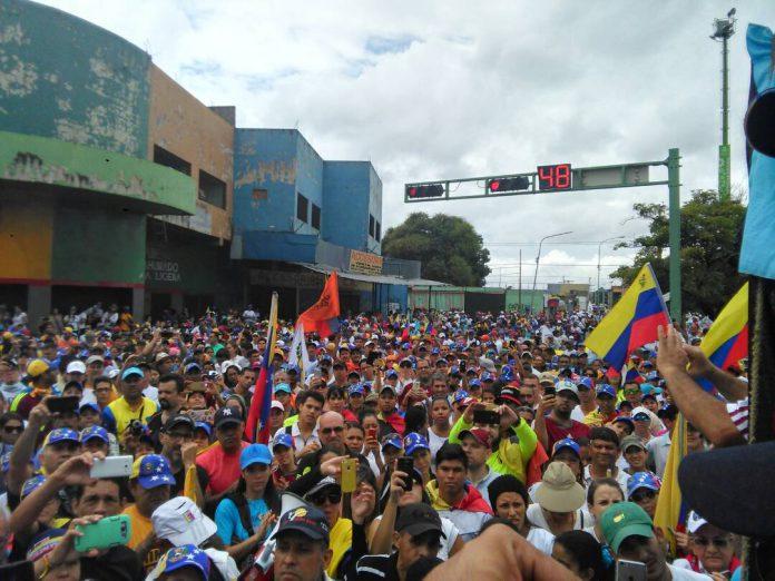 Así se desarrolla la marcha de la oposición en distintas ciudades de Venezuela