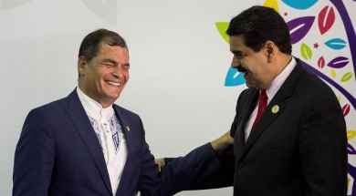 Jovenes-venezolanos-protestan-Maduro-Quito_1028907408_14700276_667x375.jpg