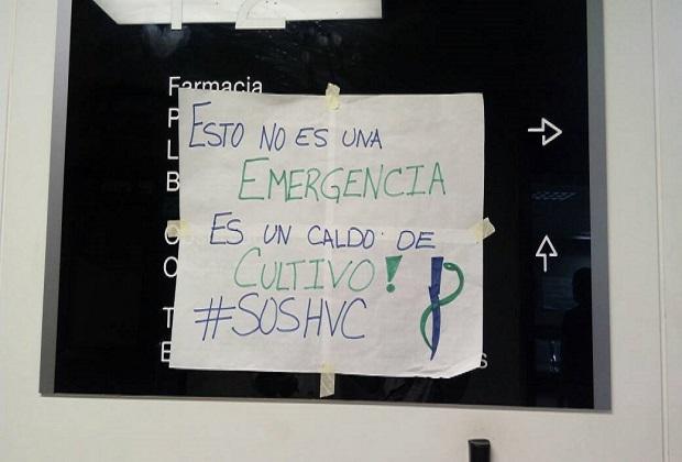 (fotos) Hospital Vargas amaneció con carteles de protesta