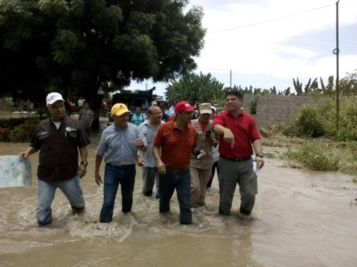 Gobernación atiende a 340 familias y repara tramos del muro de contención del río Chama