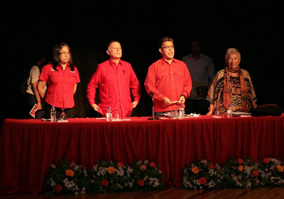 Jaua llega a Maracaibo para debatir Constituyente con gremios y sociedad civil de la región