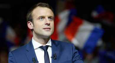 doble-llave-Deportistas-franceses-invitan-a-votar-por-Macron.jpg