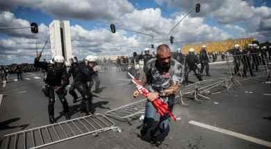 manifestantes-Brasil.jpg