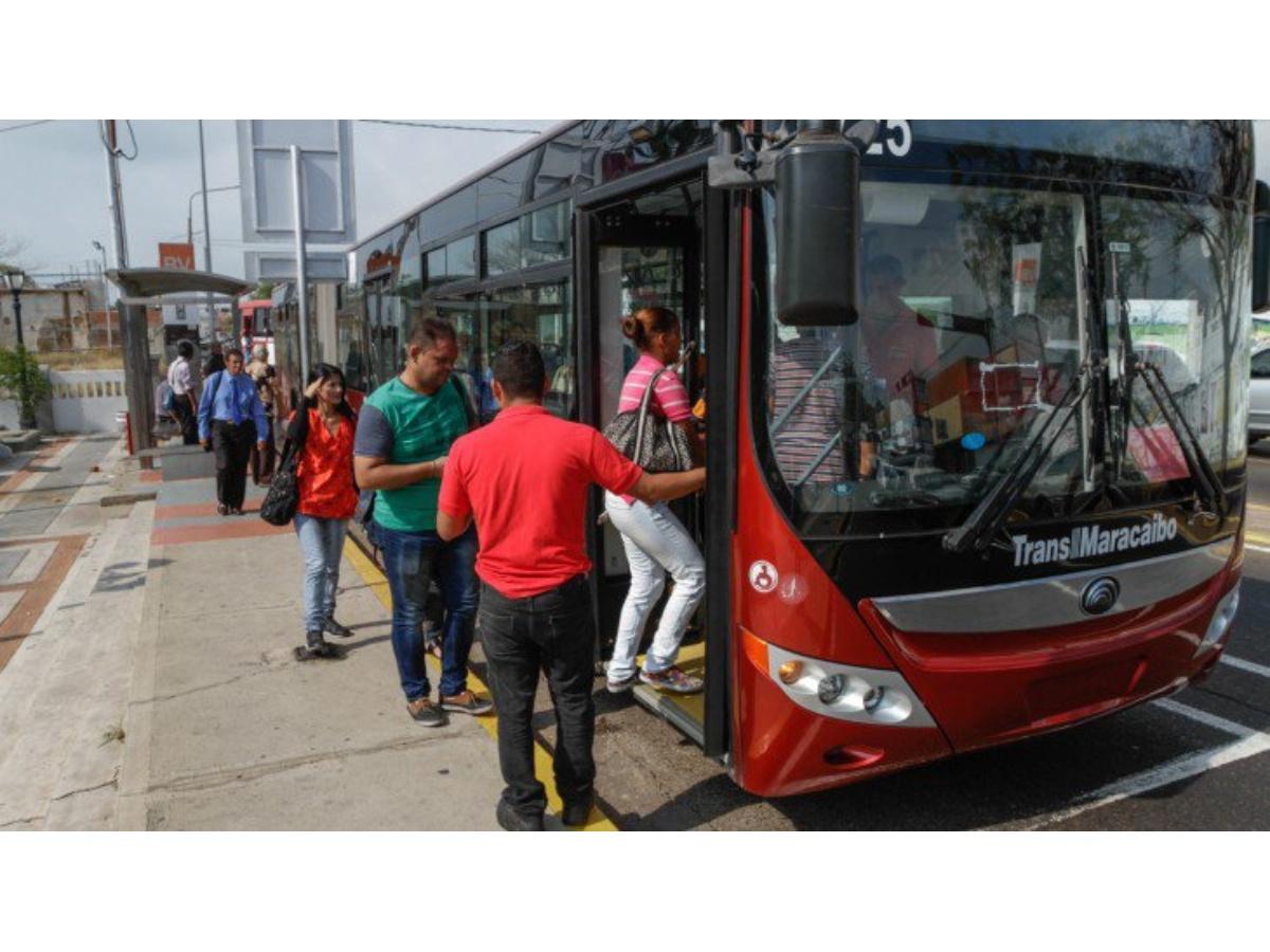 Metrobús suspende rutas de Bellas Vista, 18 de Octubre, San Jacinto y 5 de Julio por trancas