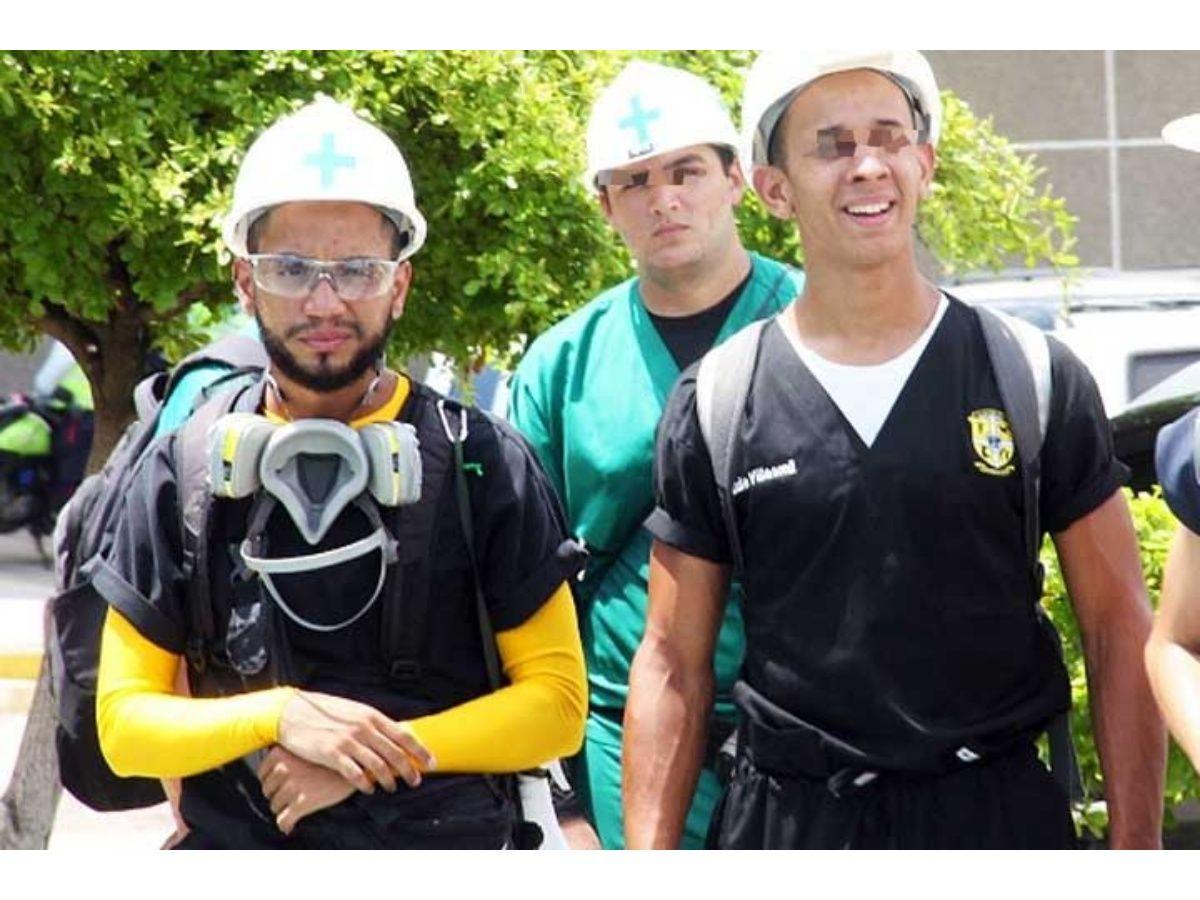 Paúl salió del Hospital de Niños de Veritas donde veía clases y se fue a ayudar