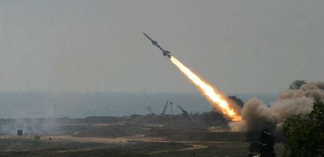 """Un misil de los rebeldes yemeníes fue """"interceptado"""" cerca de Riad"""