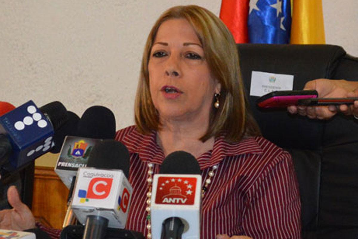 """Valbuena lamentó muerte de jóvenes durante """"el plantón"""": La agenda de la oposición es la destrucción"""